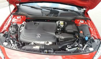 Mercedes-Benz GLA250 Sport 4matic full