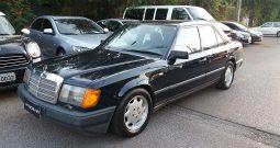 Mercrdes Benz 300E