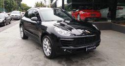 Porsche Macan -S